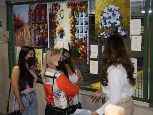 Exposición Pictórica Entre Luces y Sombras de Nicole Campos Estrada